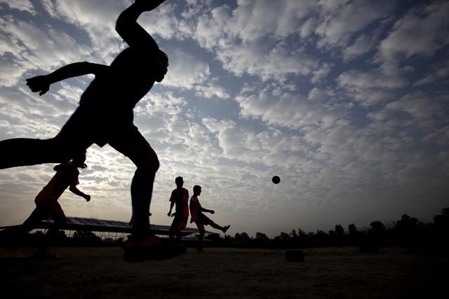 http://nepalitimes.com/assets/uploads/gallery/18cb8-Football-in-Tundikhel.jpg