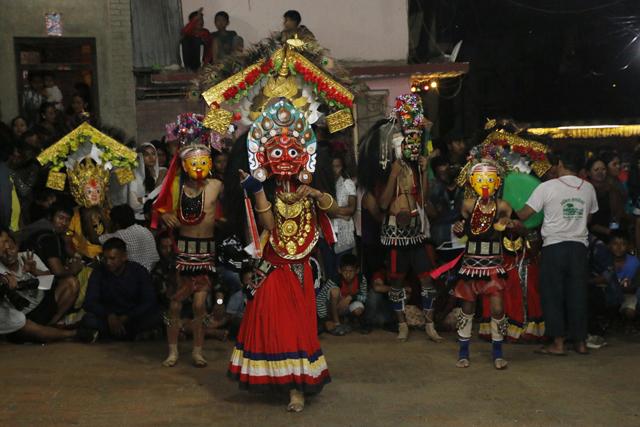 http://nepalitimes.com/assets/uploads/gallery/3ae39-maakali-dance.jpg