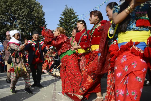 http://nepalitimes.com/assets/uploads/gallery/4db9f-udhauli.jpg