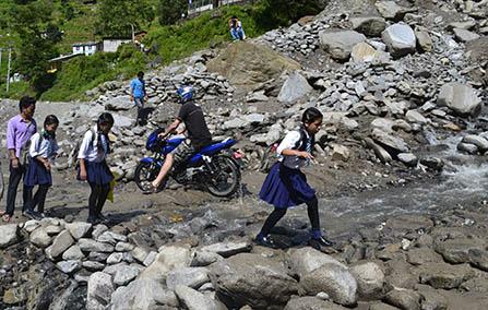 http://nepalitimes.com/assets/uploads/gallery/5ab58-Tatopani-copy-final.jpg