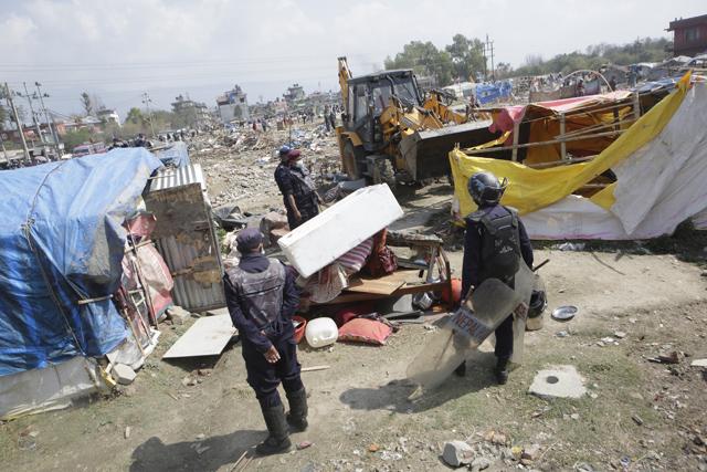 http://nepalitimes.com/assets/uploads/gallery/6fdc0-Deconstructing-homes.jpg