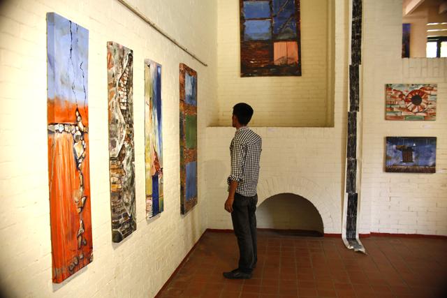 http://nepalitimes.com/assets/uploads/gallery/a409d-Bishal-Manandhar-s-artworks-.jpg