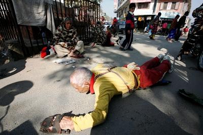 http://nepalitimes.com/assets/uploads/gallery/e577f-Jan-27-Tibetean-pilgrims1.jpg