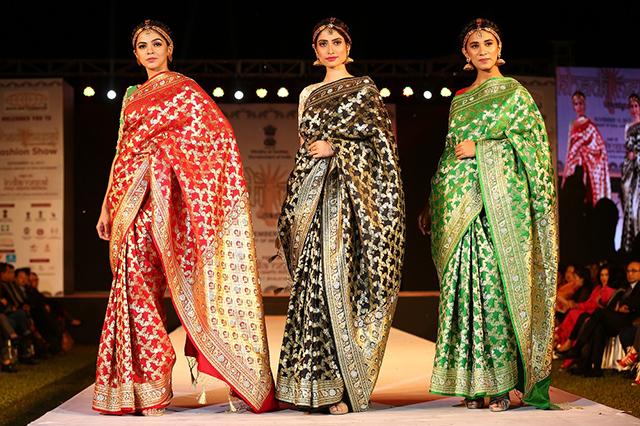 http://nepalitimes.com/assets/uploads/gallery/e7e8d-saree.JPG