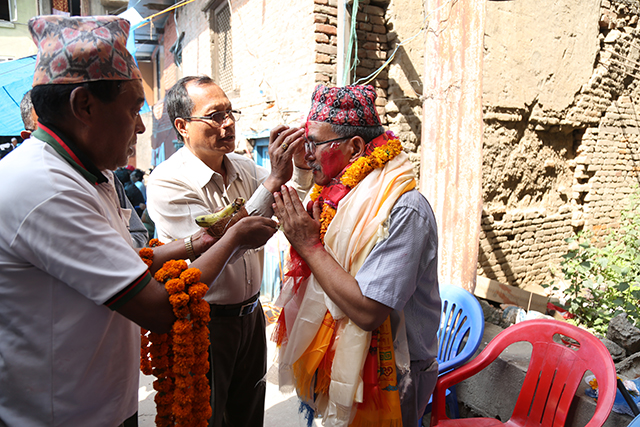 http://nepalitimes.com/assets/uploads/gallery/eef06-lalitpur-mayor.jpg
