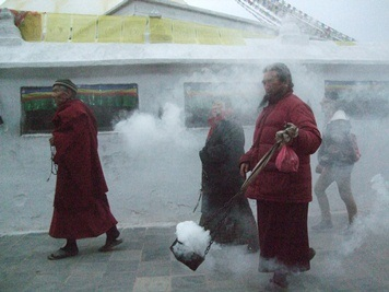 http://nepalitimes.com/assets/uploads/gallery/f0136-Jan-22-pilgrims-edited.jpg