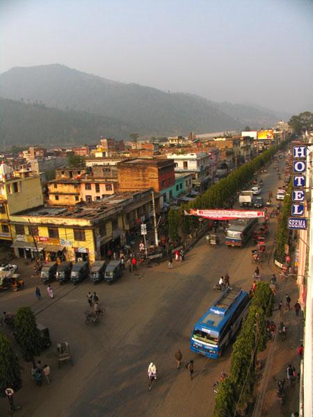 East West Highway goes through Hetauda bajar.