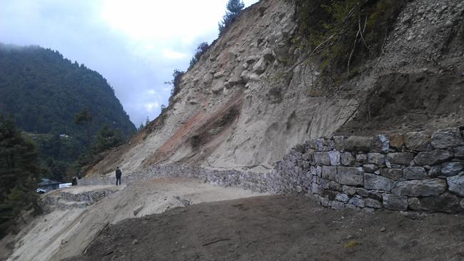 Lukla to Namche Trekking