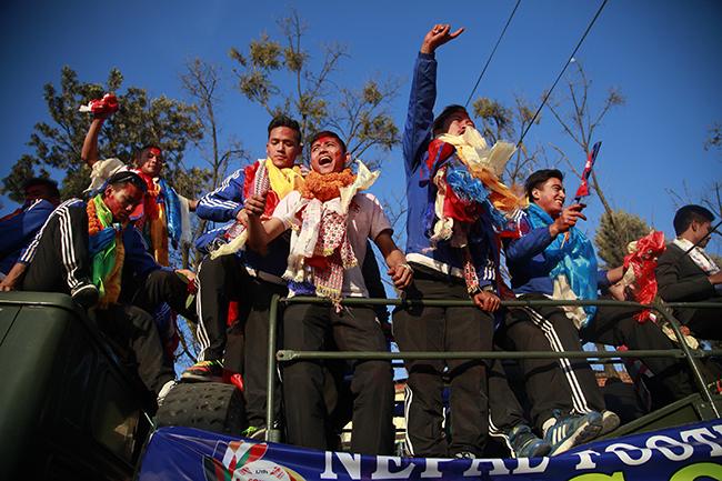 Nepal SAG football winners 6