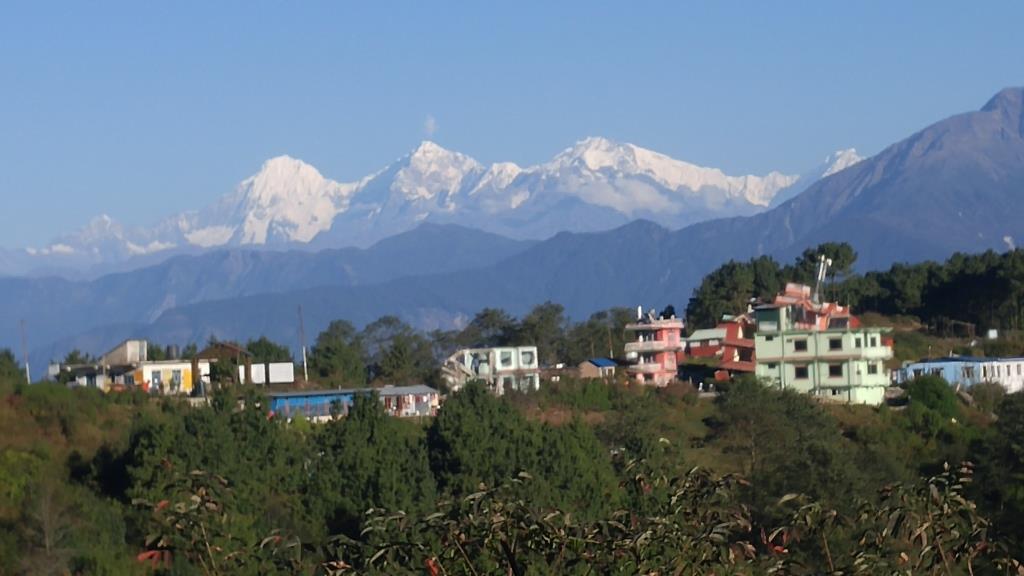 Chisapani_view_Nagarkot_trail_SM