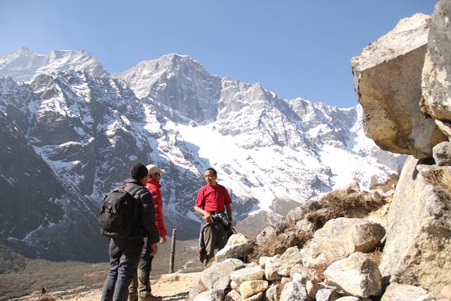Apa Sherpa trekking with StoryCycle's Saurav Dhakal