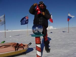 arjun-kumar-thapa-in-south-pole