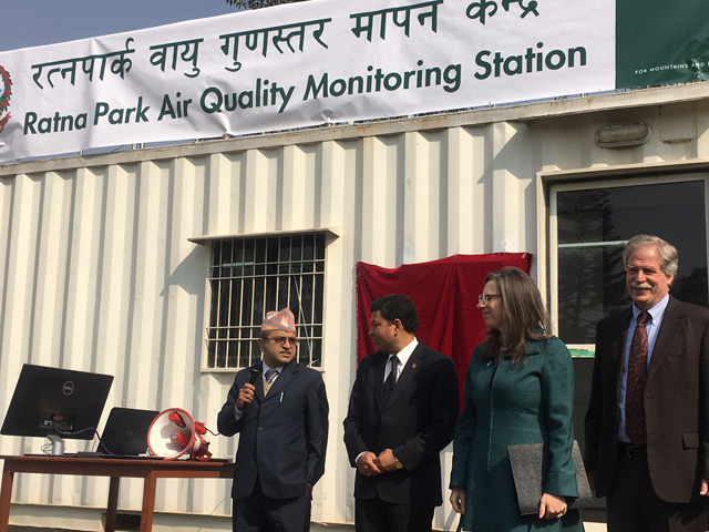 The Ministry of Environment rolled out its air quality monitoring station at Ratna Park on Tuesday with US Ambassador Alaina Teplitz and ICIMOD director David Molden.