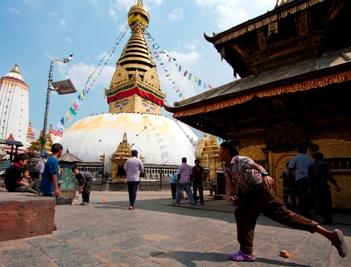 https://archive.nepalitimes.com/assets/uploads/gallery/1a375-Swayambhu-1-Cindrey.jpg
