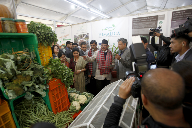 https://archive.nepalitimes.com/assets/uploads/gallery/690f3-PM-at-Trade-Fair.jpg